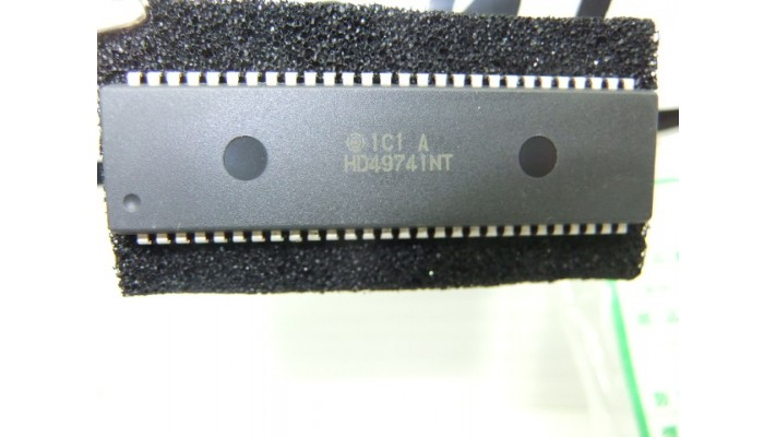 Hitachi   ic HD49741NT .